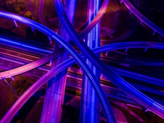Quo Vadis? Aufbruch in ein neues Zeitalter der Mobilität (Foto: Getty Images/RoschetzkyIstockPhoto)